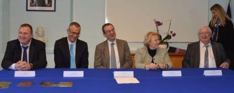 Signature de la convention. L. Mogno ECT.