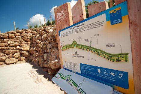 Parc de l'Arboretum panneau information