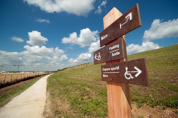 Panneau directionnel parc de l'Arboretum Moissy-Cramayel