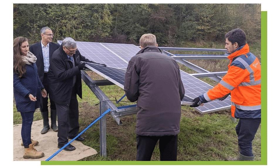 ECT et Akuo posent la Première Pierre de la centrale photovoltaïque d'Annet-sur-Marne.